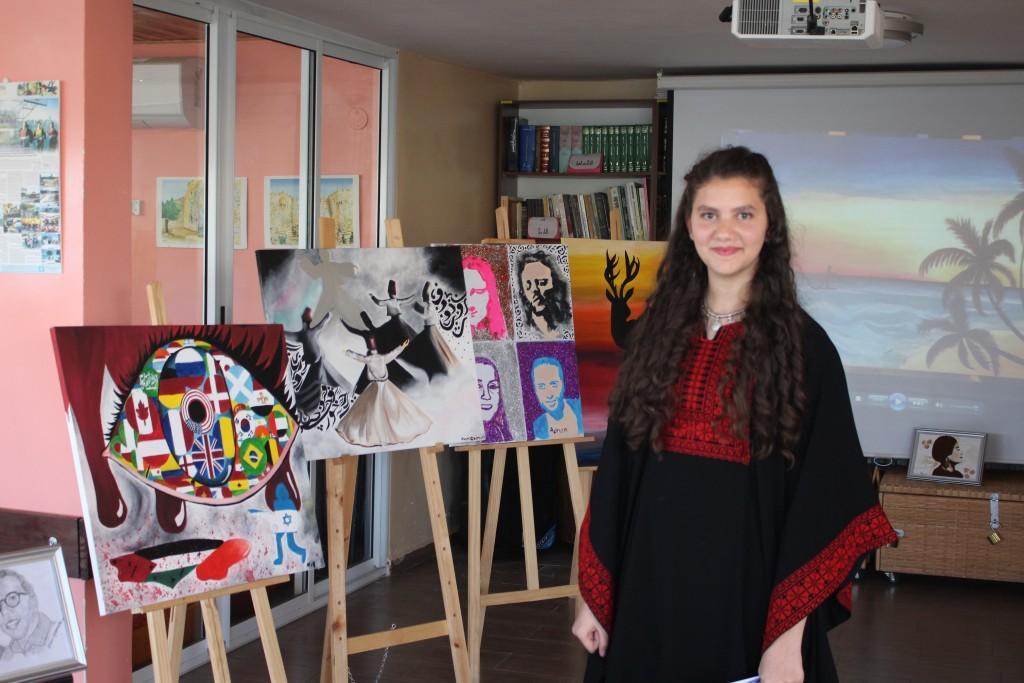 برج اللقلق تنظم معرض نور القيمري الفني  في منارة القدس الثقافية للشباب