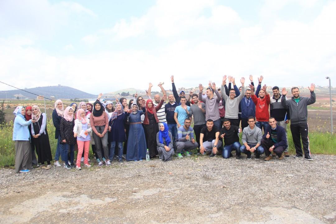 تنفيذ جمعية برج اللقلق وإشراف مؤسسة التعاون المرشد الشاب 2 يحيي يوم الأرض بجولة إلى الجليل الأعلى ووادي العيون