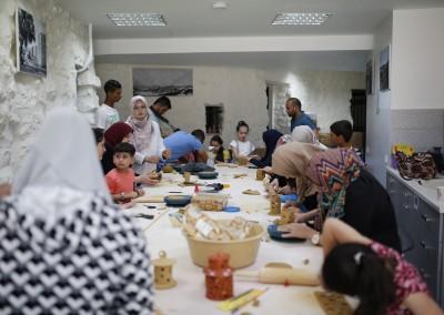 "Burj Al-Luqluq Organizes ""My Lantern is Made in Jerusalem"" Workshop 2"