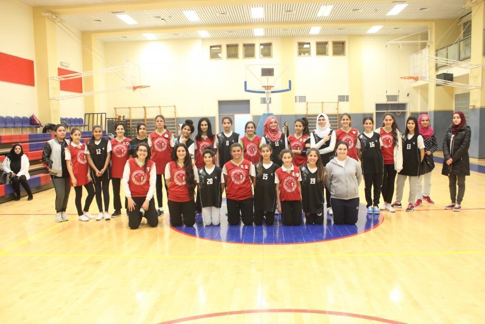 فتيات الرهبات الوردية يتفوقن على فتيات برج اللقلق ضمن برنامج التبادلات الرياضية ضمن مشروع شبابك يا قدس 2