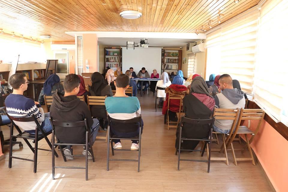 حلقة نقاش حول التهجير القسري في مدينة القدس في مقر جمعية برج اللقلق