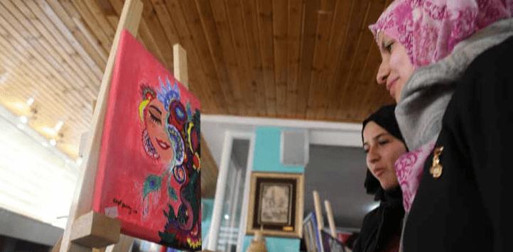 """Burj Al-Luqluq Organizes """"Ghusani"""" Mandala Exhibition"""