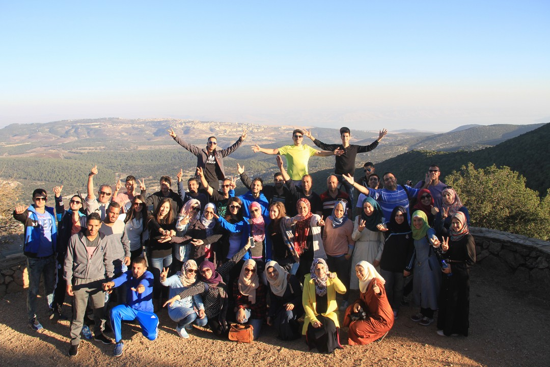 Within the Shababek Ya Quds Project under the supervision of the Welfare Association The Young Guide program Tours