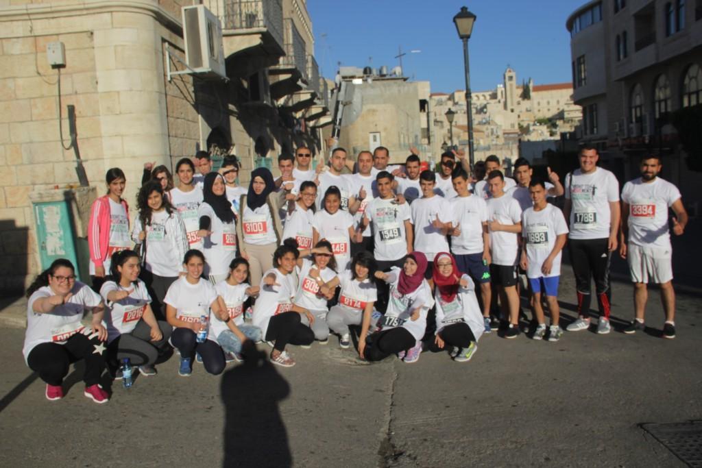 فريق برج اللقلق يشارك في ماراثون فلسطين الدولي الرابع في بيت لحم