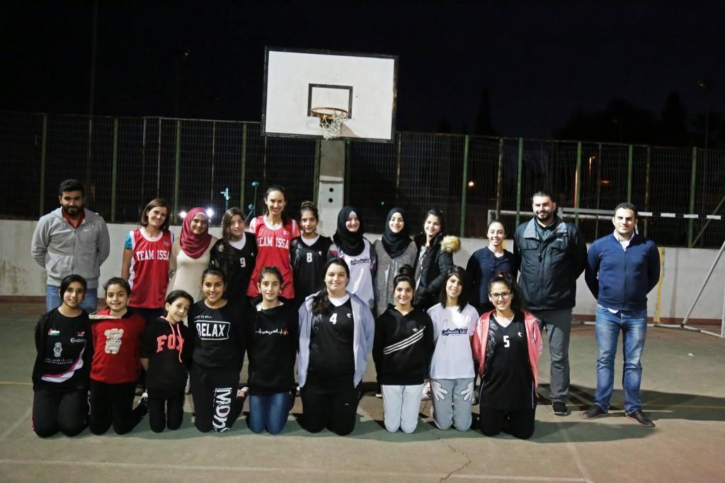 لقاء تدريبي بين فريقي برج اللقلق والقنصلية البريطانية العامة بكرة السلة