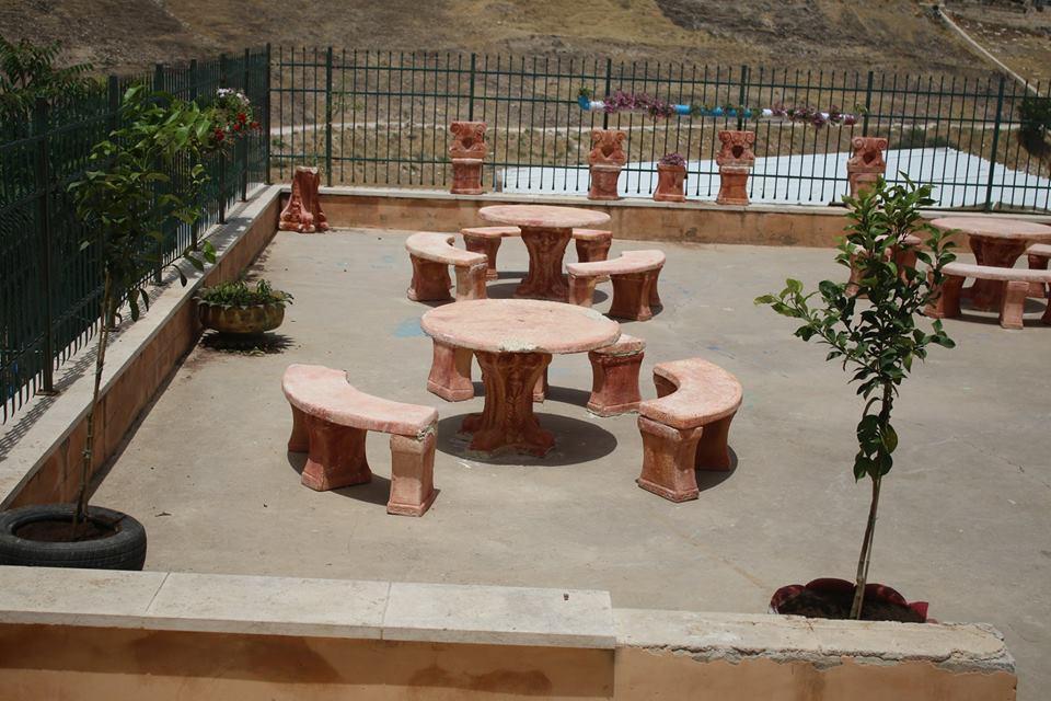 تأهيل حديقة نادي الثوري الرياضي ومطلة مدرسة الأيتام الإسلامية  في حي الثوري في القدس
