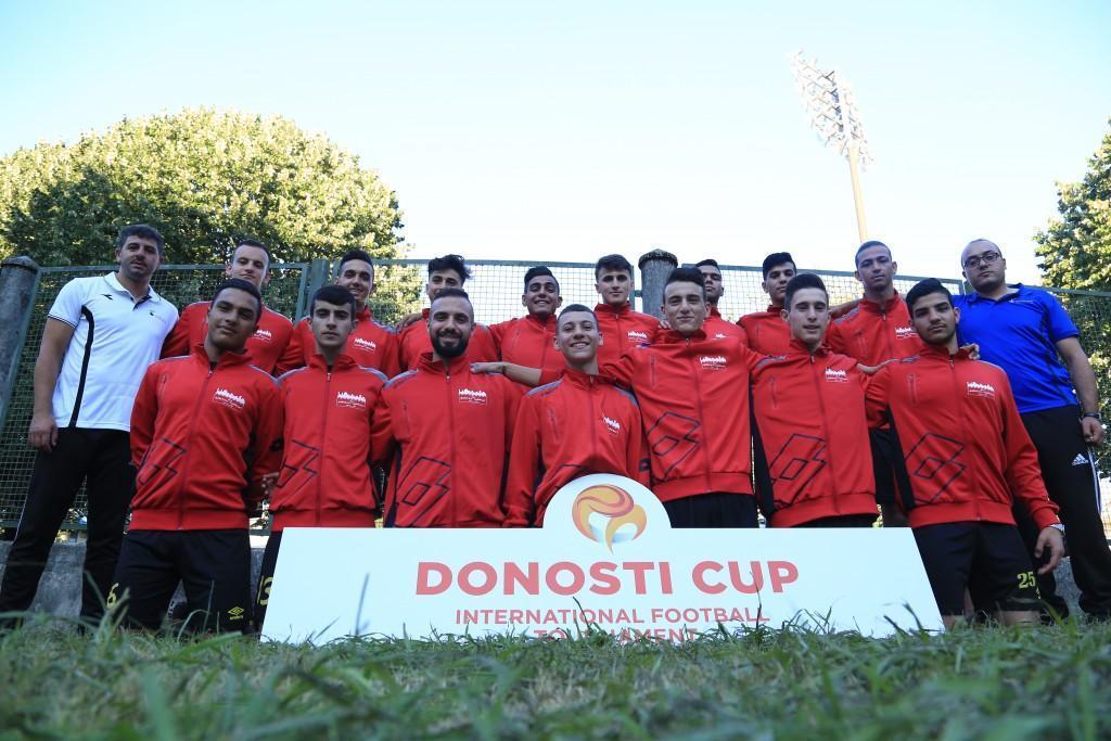 برج اللقلق/الموظفين يشارك في بطولة كأس دونستي  في اسبانيا