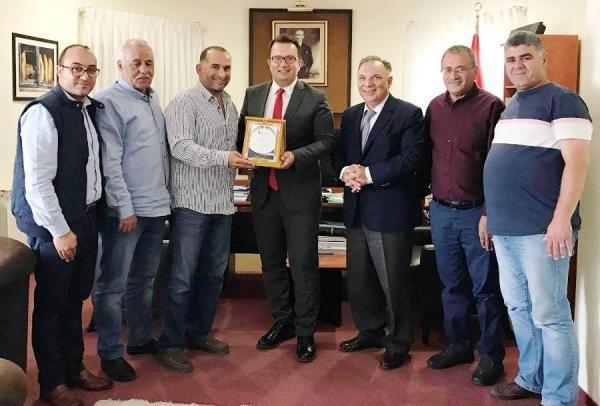 ادارة جمعية برج اللقلق تكرم القنصل التركي العام ونائبه في القدس
