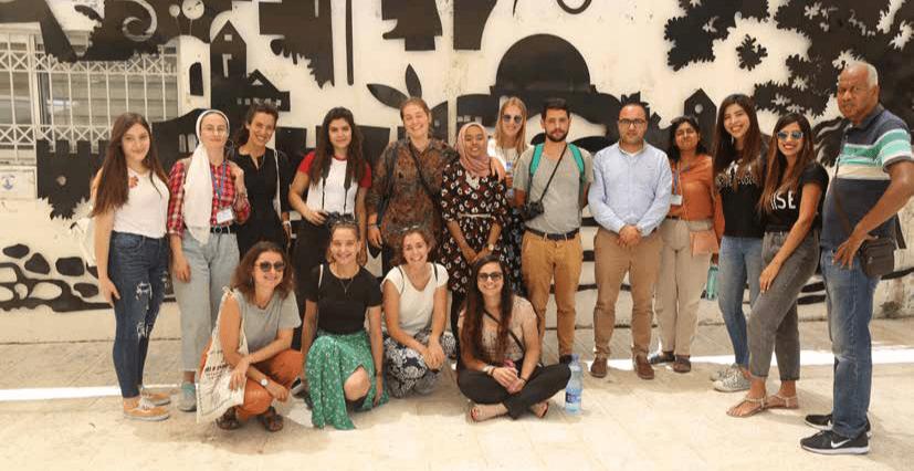 جمعية برج اللقلق تستقبل المخيم الدولي لجامعة بيرزيت في مدينة القدس
