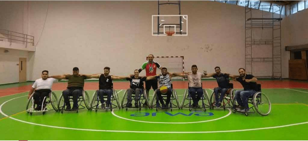 مشروع العب وتعلم الممول من اليونسيف برج اللقلق يطلق فريق لكرة السلة لذوي الهمم في القدس